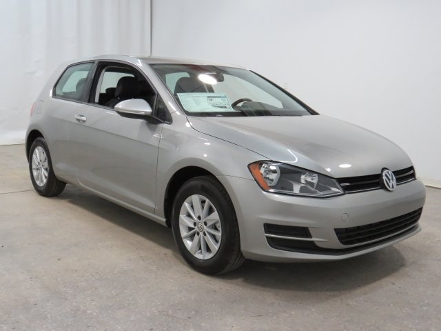 New Volkswagen Golf TSI S 2-Door